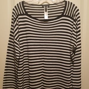 EILEEN FISHER BLACK WHITE STRIPED BATEAU NE